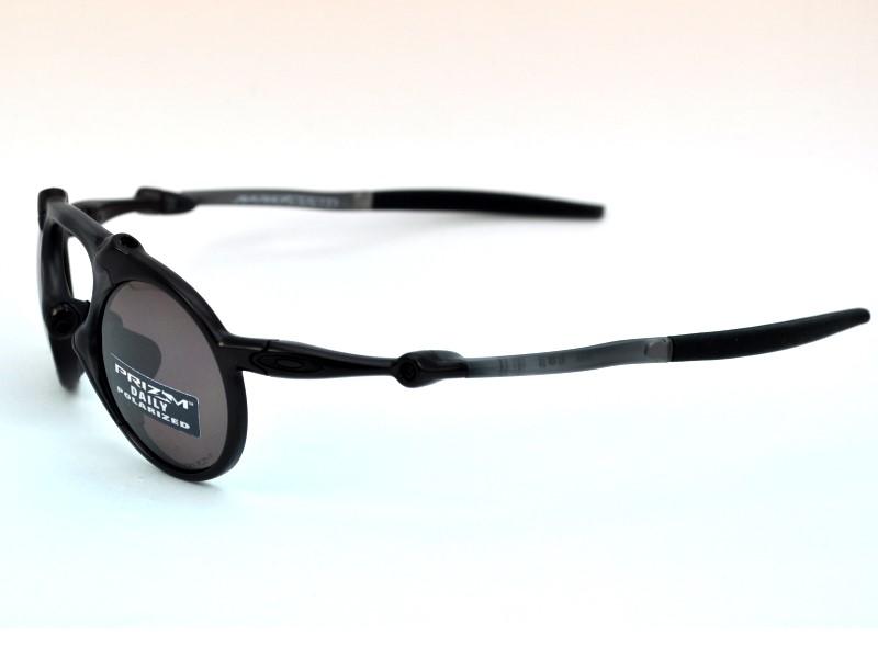 b7be50a9e2 ... 1 + Oakley Madman OO 6019 05 Sonnenbrillen von Oakley   2 + ...